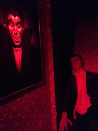 Dracula-experience-inside