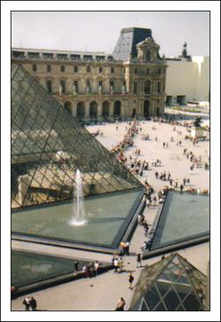 Louvre_web